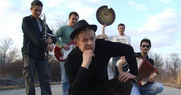 Muzika Toma Waitsa u Mikseru 10. avgusta