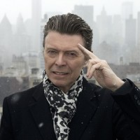 "Poslušajte neverovatan remix pesme Davida Bowie-a ""Love Is Lost"""
