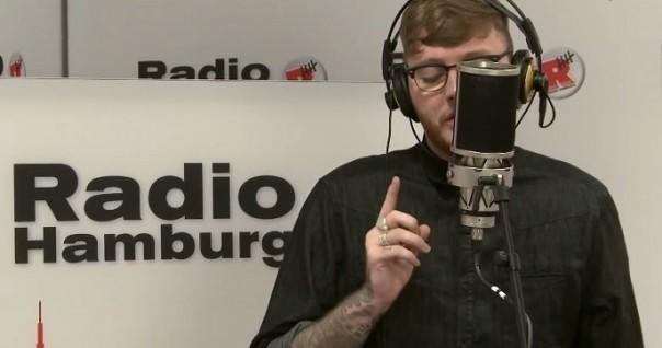 James Arthur peva pesmu Miley Cyrus - poslušajte