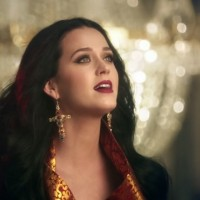 "Katy Perry: Pogledajte video za ""Unconditionaly"""