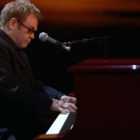 Elton John i Ed Sheeran nastupaju zajedno na Grammy ceremoniji