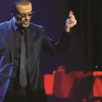"George Michael snimio spot za ""Let Her Down Easy"""