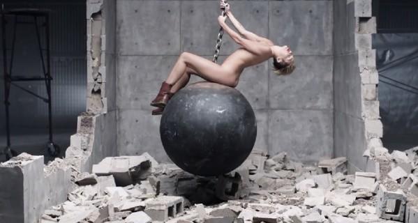 Hit izjava Miley Cyrus: Moja turneja je edukativna za decu!