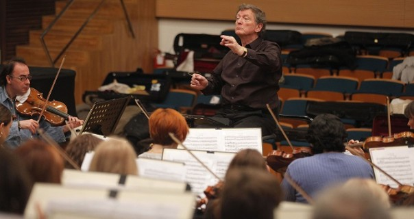 Nesvakidašnje veče 11. aprila u Filharmoniji