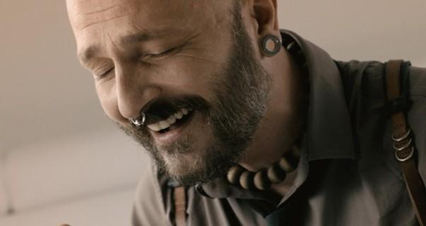 Damir Urban obradio legendarni hit benda U škripcu