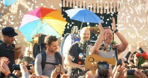 "Pogledajte predivan novi spot Coldplaya za ""A Sky Full Of Stars"""