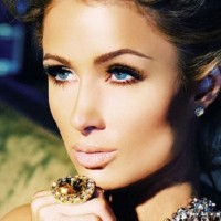 Paris Hilton najavljuje novi singl