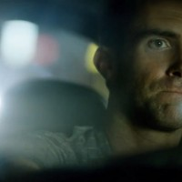 """Adam Levine u dramatičnoj ulozi u novom spotu za """"Maps"""""""