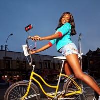Azealia Banks: Otkačila Interscope Records, sada izdaje za svoju etiketu