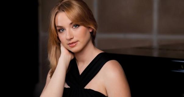 Pijanistkinja Julijana Mijalković otvara treću sezonu koncerata FMU i Guarnerius nagrađuju