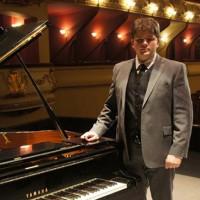 Mladi klavirski virtuoz Nenad Ivović nastavlja ciklus najboljih sa FMU-a