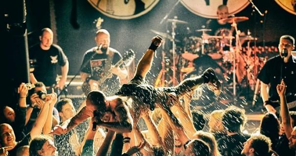 """Hladno pivo izbacili live album """"Evo vam Džinovski"""""""