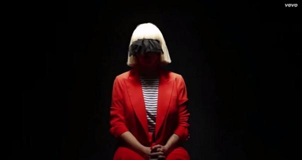 """Sia oduševila nastupima u """"Saturday Night Live""""-u"""