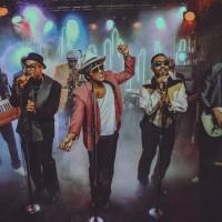 """Uptown Funk"" i dalje obara rekorde"