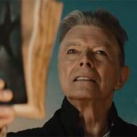 Svi pričaju o Davidu Bowieu i ★