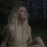 "Carrie Underwood snimila spot za ""Heartbeat"""