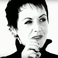 Preminula je Dolores O'Riordan, pevačica benda The Cranberries