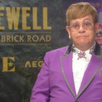 Elton John se velikom turnejom oprašta od nastupanja