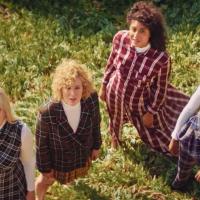 Poznate dame u novom Cher spotu