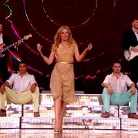 Kylie krunisala karijeru legendarnim setom na Glastonbury festivalu