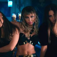 Ariana Grande, Miley Cyrus i Lana Del Rey u temi za Čarlijeve anđele