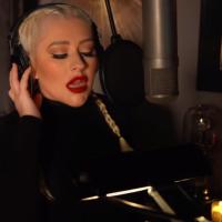 Christina Aguilera peva za The Adam's Family