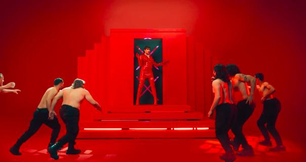 Bad Bunny u dregu poručuje da ostavite devojke da plešu same