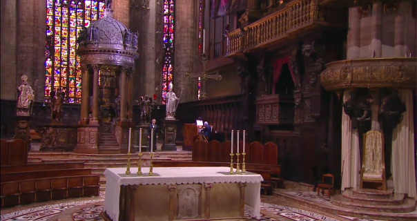 Andrea Bocelli nastupio u praznoj Milanskoj katedrali