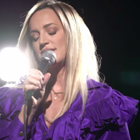 Tijana Bogićević novom pesmom ispraća godinu