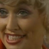 Dolly Parton odbija da joj se podigne spomenik u rodnom Tenesiju