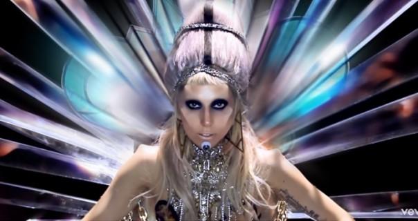 "Hollywood dobio ""Born This Way"" dan"